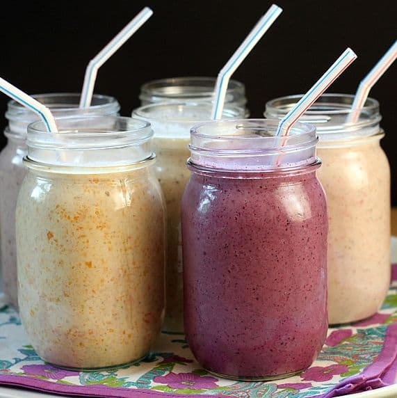 peanut butter oatmeal smoothie, oats smoothie for weight loss, cooked oatmeal smoothie