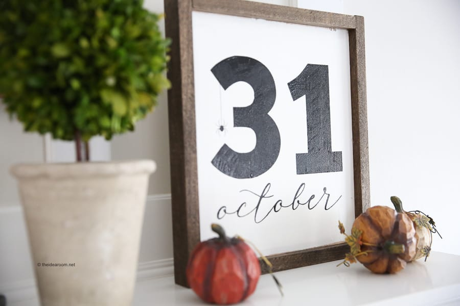 DIY Halloween October 31st Farmhouse Frame Sign