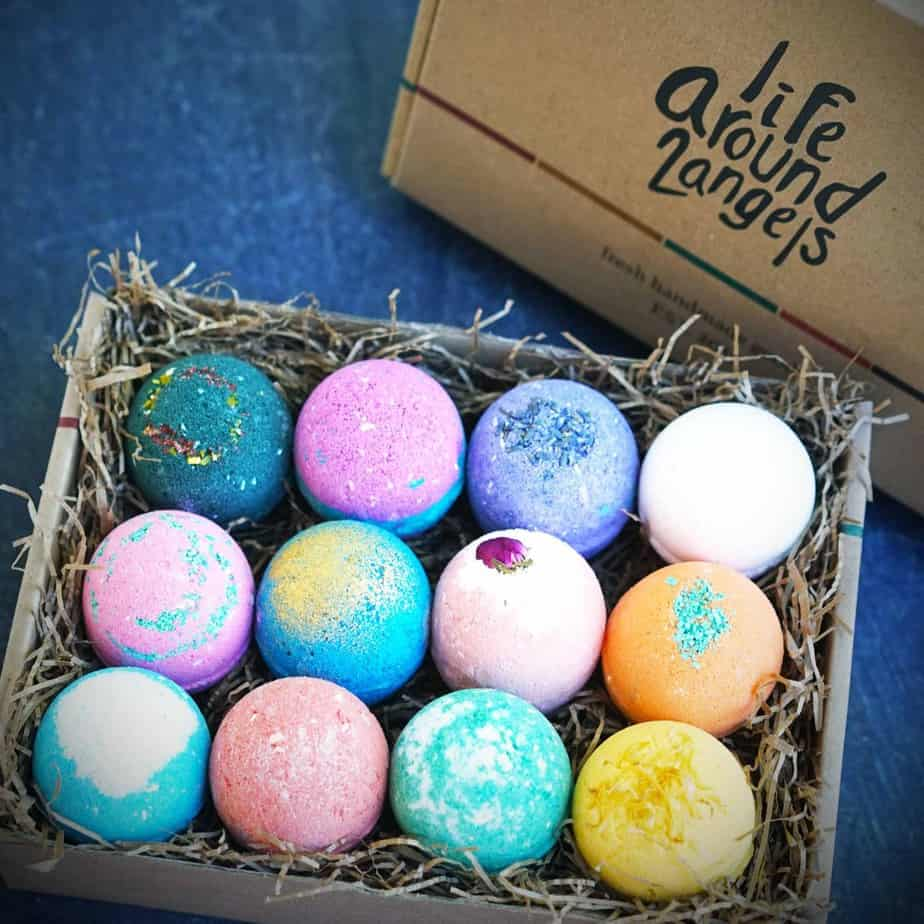 Best Gifts For Sisters 2019: Bath Bombs 2020