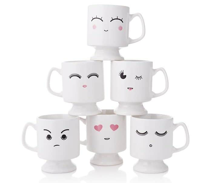 Christmas Ideas for Teenager 2019: Emoji Mugs 2020