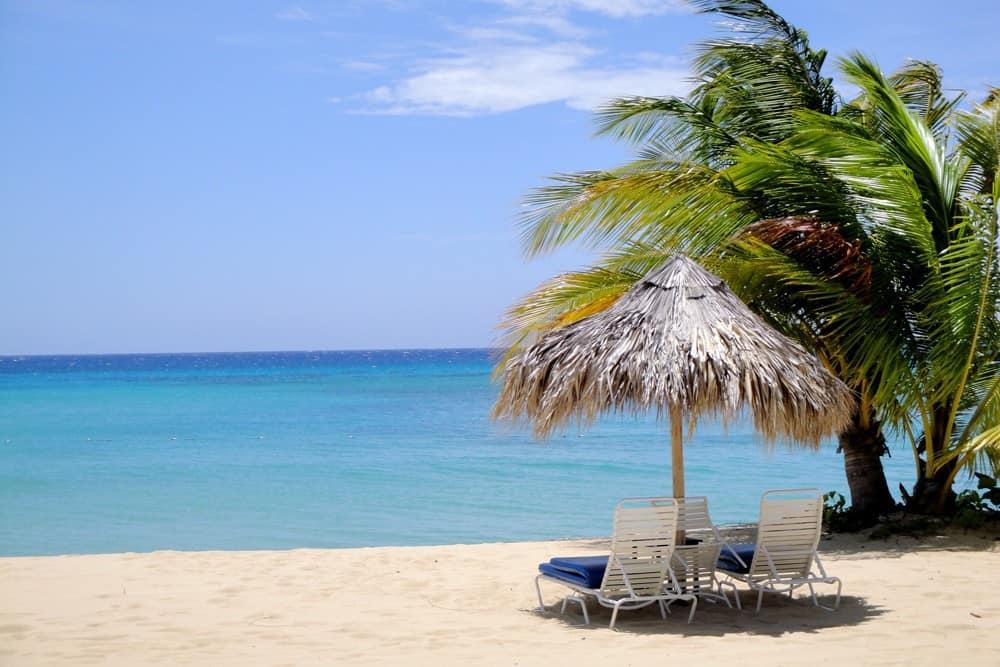 beach of the Jamaica Inn, caribbean islands